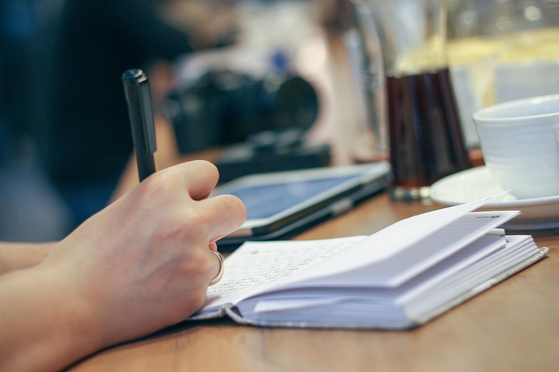 Как Правильно Написать Заявление в Суд на Выписку из Квартиры Бывшего Мужа